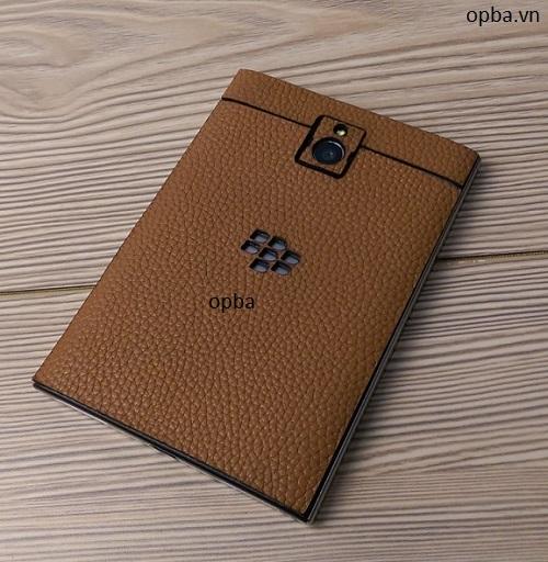 Dán da IONE Blackberry passport 100% da bò màu vàng bò hành 1 năm